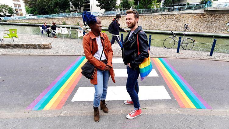recherche rencontre gay artists a Saint Ouen sur Seine