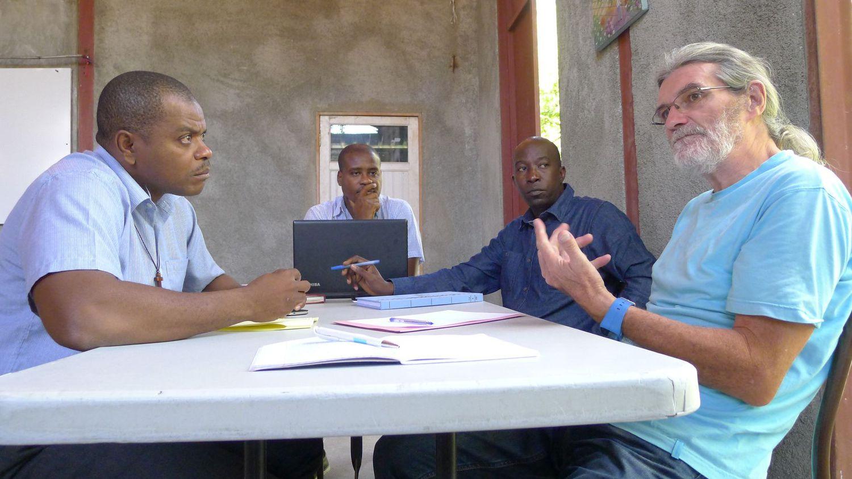 Les deux Français enlevés en Haïti sont le père Michel Briand et la sœur Agnès Bordeau
