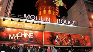 L'entrée de la Machine du Moulin Rouge à Paris, le 13 octobre 2011. (URMAN LIONEL / SIPA)