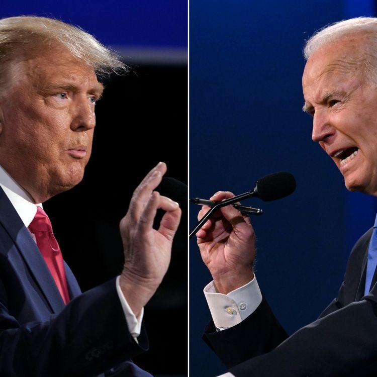 Le président sortant, Donald Trump, et le président élu des Etats-Unis Joe Biden, alors candidats à l'élection présidentielle américaine, lors de leur dernier débat à Nashville, dans le Tennessee (Etats-Unis), le 22 octobre 2020. (BRENDAN SMIALOWSKI / AFP)