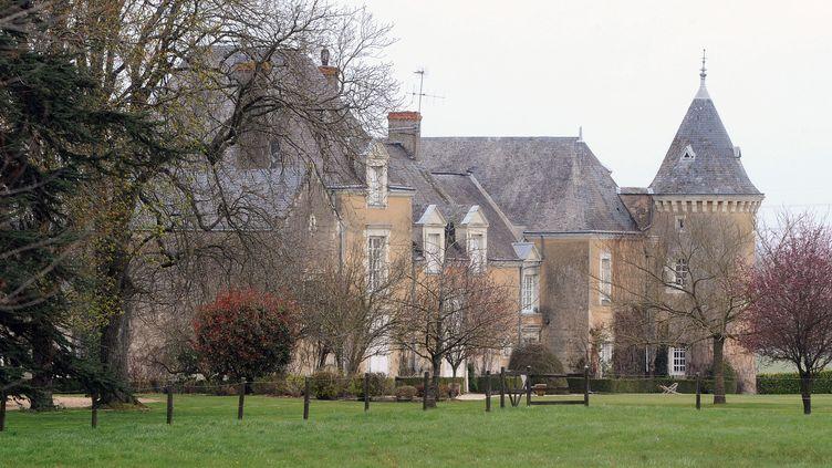 Le manoir de Beaucé, propriété de François Fillon à Solesmes, près de Sablé-sur-Sarthe, ferait un joli cadre pour une série télé.