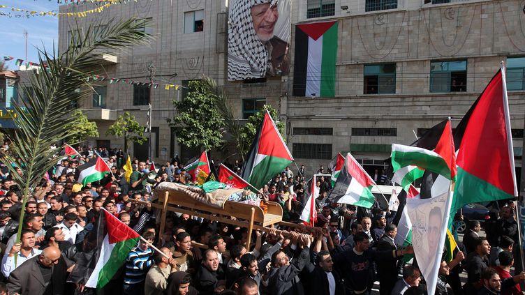 Des heurts ont éclaté mardi 20 novembre 2012 à Hébron, au sud de la Cisjordanie,entre des soldats israéliens et des Palestiniens qui protestaient contre la mort d'un manifestant. (MAXPPP)