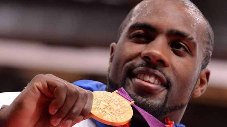 Teddy Riner collectionne les médailles d'or (TOSHIFUMI KITAMURA / AFP)