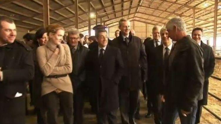 Nicolas Sarkozy visite une exploitation agricole de Marsan (Gers), le 29 novembre 2011. (FTVi / FRANCE 2)