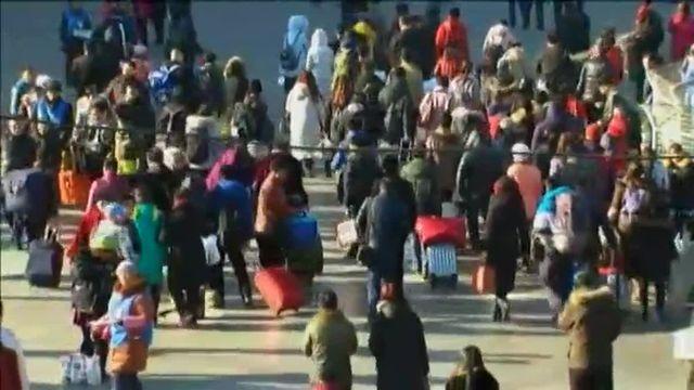 Des dizaines de milliers de Chinois bloqués dans les gares à quelques jours du Nouvel an
