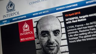 reproduction de la fiche interpol de Redouane Faïd, diffusée le 15 avril 2013.  (MAXPPP)