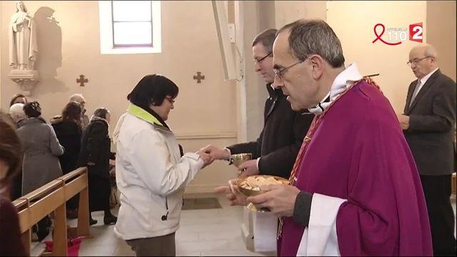 Pédophilie : le cardinal Barbarin à nouveau dans la tourmente