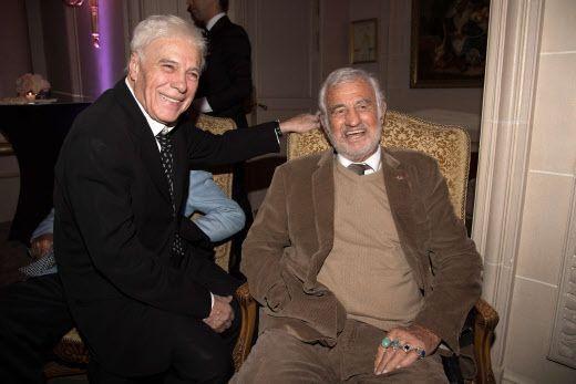 Guy Bedos et son ami Jean-Paul Belmondo en 2017 (NIVIERE/SIPA)