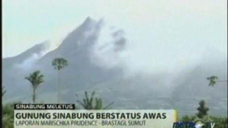 Eruption volcanique du mont Sinabung sur l'île de Sumatra (FRANCE 2)