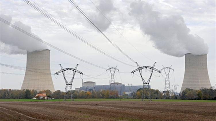 Electricité provenant de la centrale nucléaire d'EDF de Golfech (AFP/JEAN PIERRE MULLER)