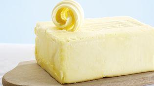 Une pénurie de beurre prive de nombreux consommateurs de ce produit, depuis la mi-octobre 2017. (CREATIV STUDIO HEINEMANN / WESTEND61 / GETTY IMAGES)