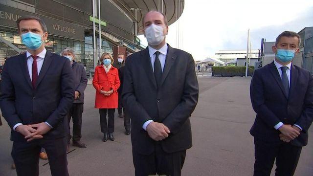 Covid-19 : Jean Castex au vaccinodrome du Stade de France