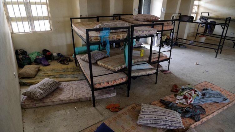 Le dortoir d'un pensionnat de filles, au lendemain de l'enlèvement de plus de 300 adolescentes par des hommes armés à Jangebe, un village de l'Etat de Zamfara, au nord-ouest du Nigeria, le 27 février 2021. (KOLA SULAIMON / AFP)