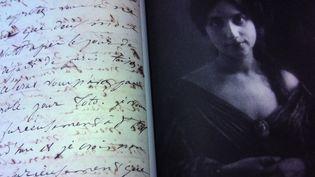 """Lettre de Juliette Drouet à Victor Hugo, extrait du livre """"Je n'ai rien à te dire sinon que je t'aime - Correspondances amoureuses"""", établi et commenté par Dominique Marny  (Textuel / Musée des lettres et des manuscrits)"""