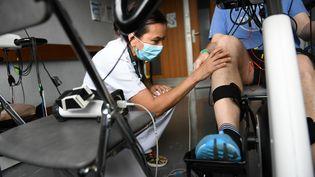 Une clinique de réadaptation pour les maladesdu Covid sortis de réanimation à Saint-Genis-Laval (Rhône-Alpes) (JOEL PHILIPPON / MAXPPP)