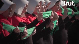 VIDEO. En Argentine, la légalisation de l'avortement divise la rue (BRUT)
