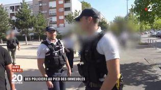 La police de proximité est redéployée dans certaines banlieues. (FRANCE 2)