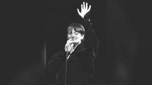 La chanteuse Barbara, le 8 février 1978à l'Olympiaà Paris. (MICHEL CLEMENT / AFP)