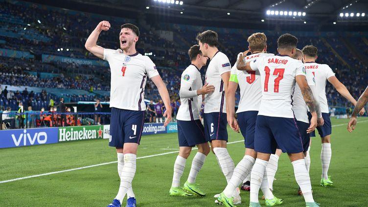 Les joueurs anglais, ici face à l'Ukraine le 3 juillet, n'ont toujours pas encaissé de but dans cet Euro 2021. (ETTORE FERRARI / AFP)