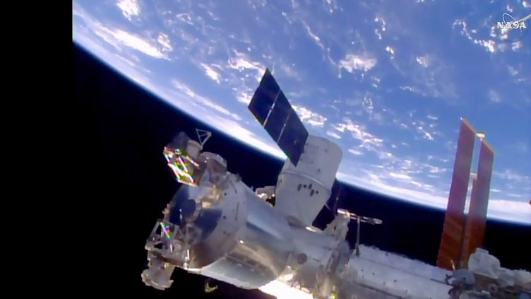 La station spatiale internationale, le 10 avril 2016. (NASA / AFP)