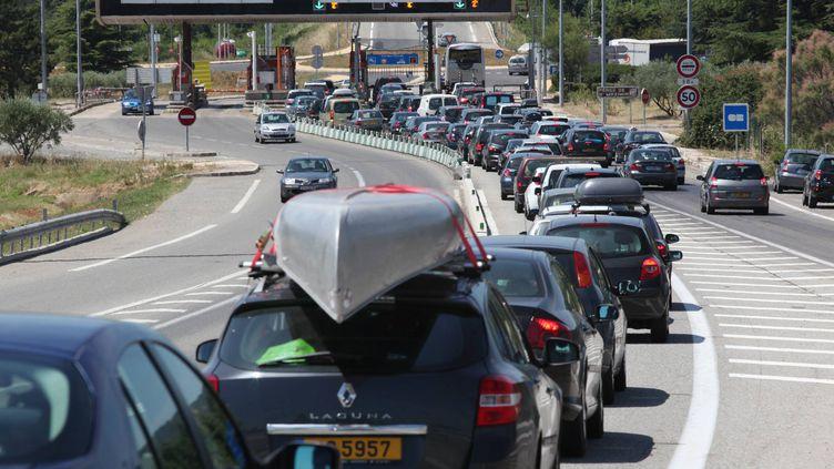 Un péage de l'autoroute A8 dans le Var, le 11 juillet 2009. (PHILIPPE ARNASSAN / MAXPPP)