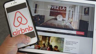 Airbnb est une plateforme communautaire de location de logements de particuliers. (MAXPPP)