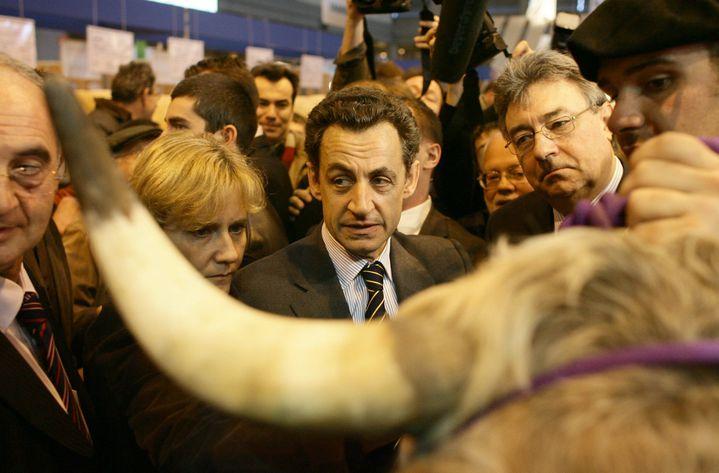 Nicolas Sakorzy au Salon de l'agriculture, le 2 mars 2006. (MAXPPP)