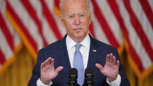 Le président américain, Joe Biden, s'exprime depuis la Maison Blanche sur la situation en Afghanistan, le 12 août 2021. (MANDEL NGAN / AFP)