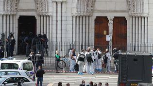 Trois personnes ont été tuées lors d'une attaque au couteau à Nice, le 29 octobre 2020. (VALERY HACHE / AFP)
