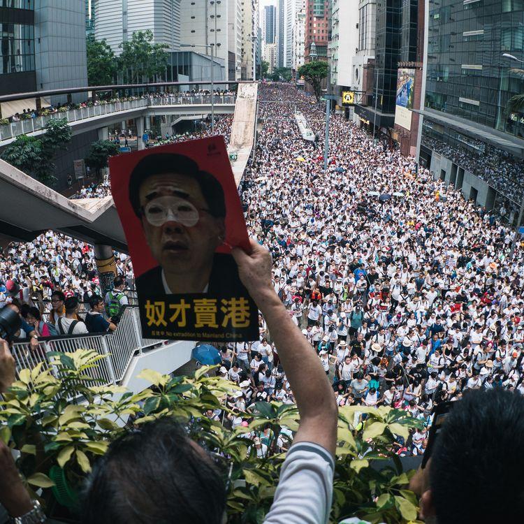 Plus d'un million de personnes manifestent dans les rues de Hong Kong, le 9 juin 2019. (LAMPSON YIP - CLICKS IMAGES / GETTY IMAGES ASIAPAC)