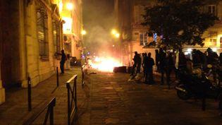 Une rue de Bastia (Haute-Corse), le 5 octobre 2016, lors d'une manifestation de soutien à trois jeunes militants indépendantistes. (FRANCE 3 CORSE / TWITTER)
