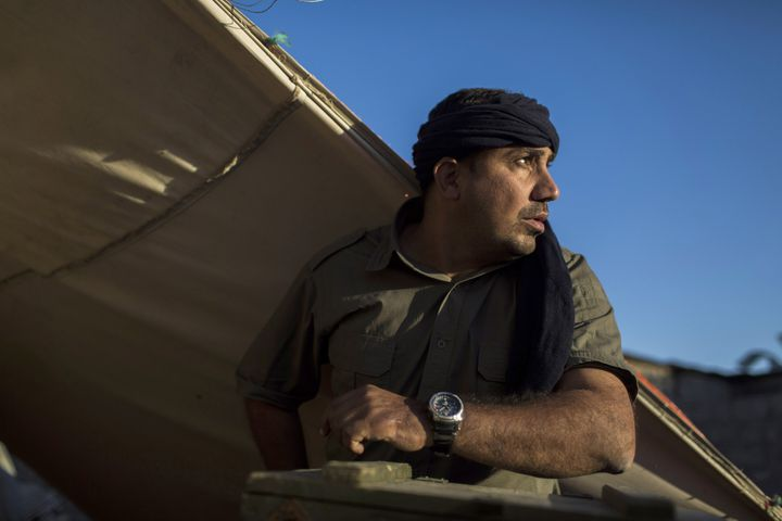 Portrait de combattant dans l'exposition hommage à Bakhtiyar Haddad  (Diego Ibarra Sanchez)