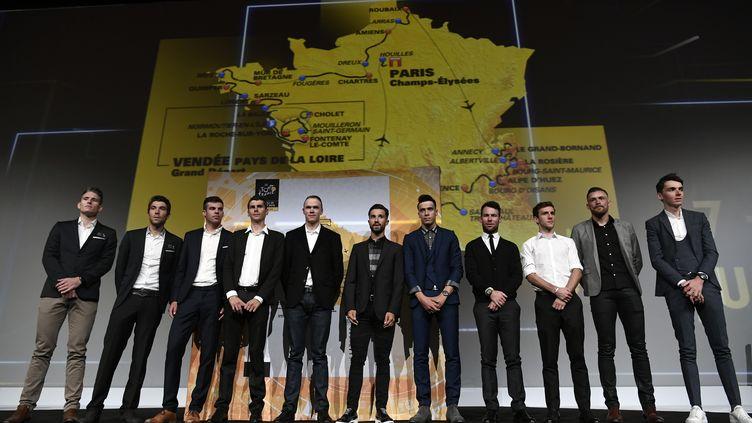 Les coureurs présents à la présentation du Tour de France 2018. (PHILIPPE LOPEZ / AFP)