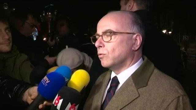 Cazeneuve, ministre du Culte, assiste à la messe de Noël à Notre-Dame de Paris