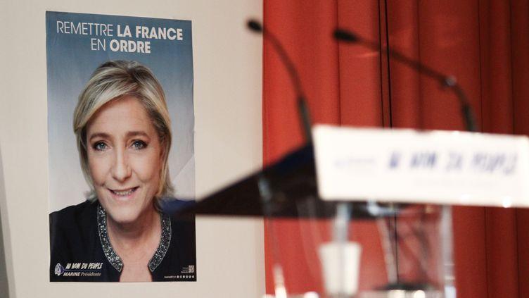 Une affiche de Marine Le Pen lors d'un meeting à Arcis-sur-Aube, le 11 avril 2017. (AUGUSTIN LE GALL / HAYTHAM-REA)