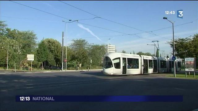 """""""Tram surfing"""" : un jeune homme entre la vie et la mort à Lyon"""