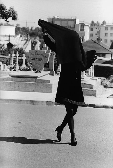 """Jeanne Moreau sur le tournage de """"La mariée était en noir""""  (Anne Wiazemsky)"""