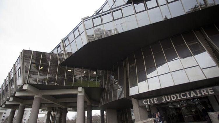 (Au tribunal correctionnel de Rennes, la relaxe a été requise jeudi pour deux policiers dans le drame de Clichy-sous-Bois © MaxPPP)