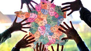 La France métropolitaine est passé de 22 à 13 régions en 2016. (PHILIPPE HUGUEN / AFP)