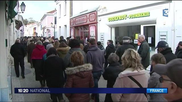 Meurtre d'Alexia : plus de 1 200 personnes rendent hommage à la jeune fille