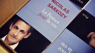 """Une photo de """"La France pour la vie"""", le livre de Nicolas Sarkozy, publiée sur son compte Twitter le 21 janvier 2016. (AFP / TWITTER)"""