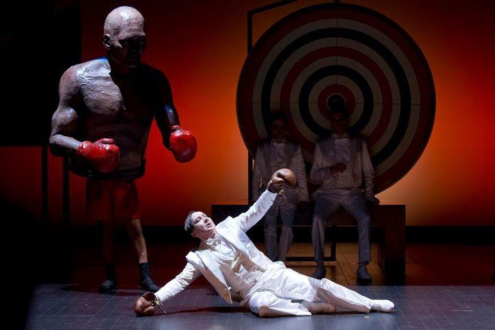 """""""Par-delà les marronniers"""" mise en scène par Jean-Michel Ribes  (Giovanni Cittadini Cesi)"""