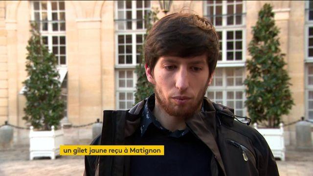 """Un """"gilet jaune"""" quitte Matignon"""
