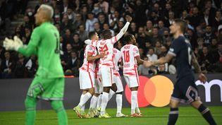 Leipzig mène désormais face au PSG après le but de Nordi Mukiele, le 19 octobre. (ANNE-CHRISTINE POUJOULAT / AFP)