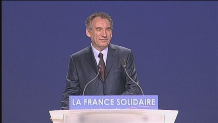 François Bayrou au Zenith de Paris, dimanche 25 mars 2012 (FTV)