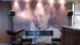 Un portrait grand format de Marylin Monroe vous accueille dès le hall de réception de l'hôtel...  (Corinne Jeammet)