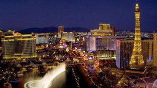 Aujourd'hui, le13hvous emmène à Las Vegas, capitale mondiale de la fête.Une oasis de folie en plein milieu du désert. (France 2)