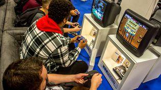 Desjoueurs lors de la Paris Games week, le salon du jeu vidéo à Paris, le 4 novembre 2017. (MAXPPP)