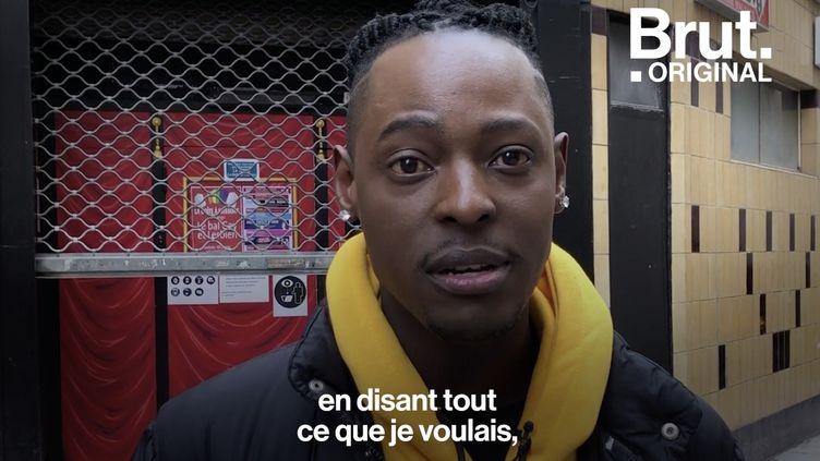"""VIDEO. """"Dans notre pays, on n'a pas le droit d'être gay"""" : homosexuel, il a dû quitter l'Ouganda (BRUT)"""