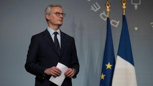 Bruno Le Maire, le 8 avril 2020, lors d'une conférence de presse, à Paris. (IAN LANGSDON / AFP)